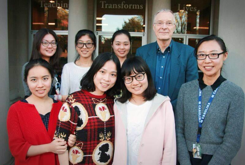 首批华东师范大学与美国北卡教堂山分校联合培养硕士研究生项目6名研究生顺利抵达美国北卡罗来纳州
