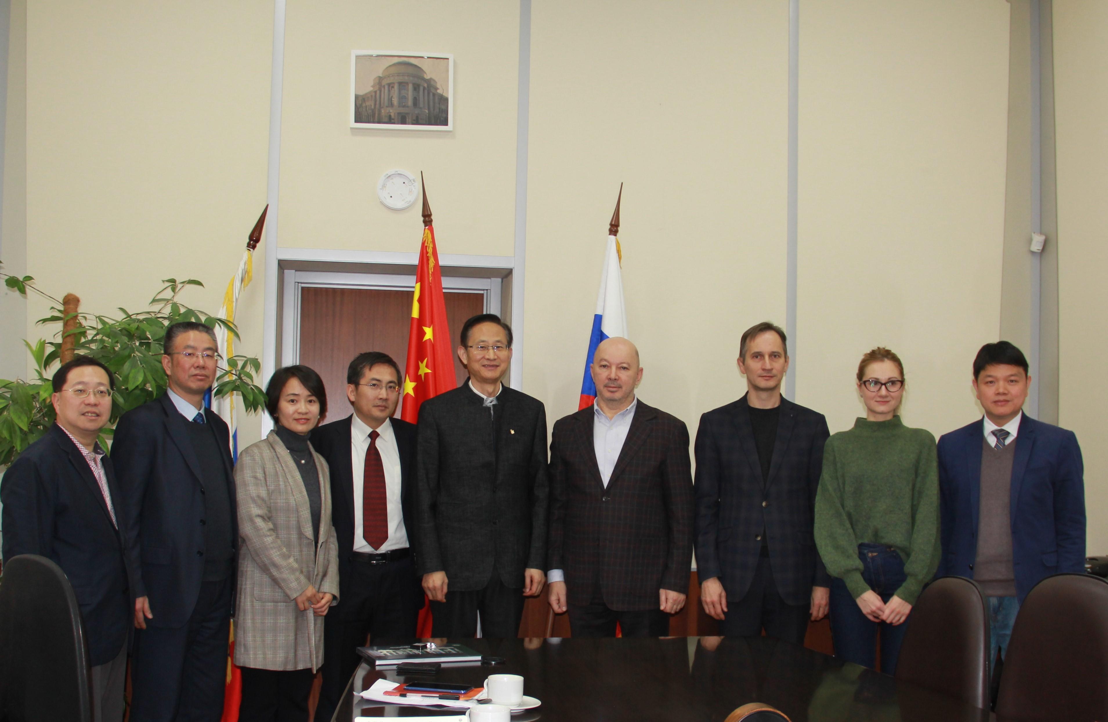 教育学部主任袁振国率团访问俄罗斯友好院校