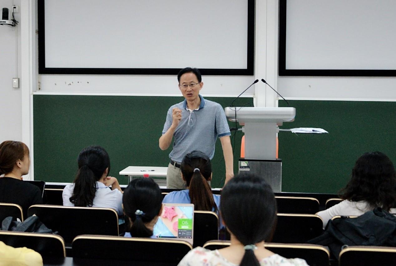 """教育学部组织开展2020年""""佛年计划""""推免招生工作"""